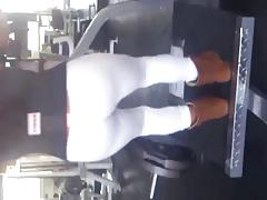 SDRUWS2 - Hot chick white thong at gym