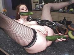 Food abusing bitch banged