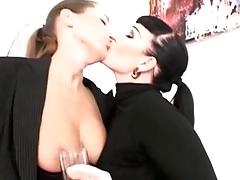 Smoking Latex Lesbians!!!!!!!