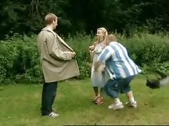 Flashing - Der Nudist im Wald - The flasher in the woods
