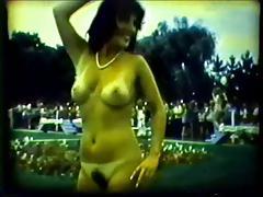 Nude paradise (1984)