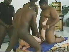 Amateur interracial gang bang (Camaster)