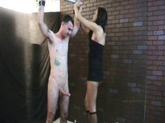 Alexis jerks him off on her leg while he's tied up.