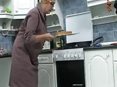 Granny in the Kitchen R20