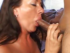 Mature Gets Jizzed On Her Hairy Snatch