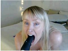 amazing flexible gilf (56) loves her dildos