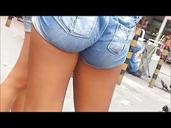 Gostoza de shortinho jeans