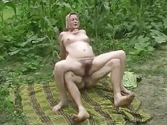 DENHAAGMAN - REAL GRANNY BRUTALLY HARD ANAL