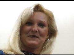 Mature Hottie Lynn Recieves Some BBC