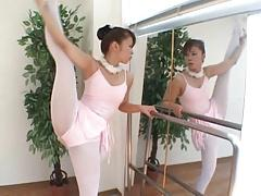Japanese Sakura Ueno flexible Ballet