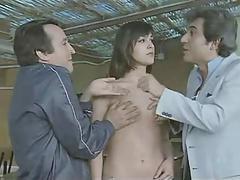 Agitese antes de usarla 1983 (Threesome erotic scene)