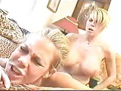 Sexy Blonde Lesbian Twins