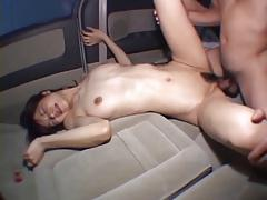 Aimi - Japorno babe fucks in the car