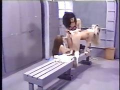 trio lesbo - gym
