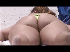 mature huge ass thong bikini on beach 2014