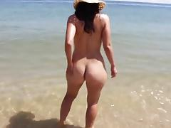 Nice Big Butt Babe on Desert Beach BVR