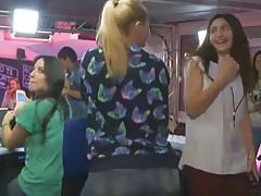 Irene Junquera & Daniela Blume - Twerking