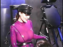 Dominatrix gives a sexy lesson 1