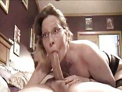 son cums in NOT his mom's mouth