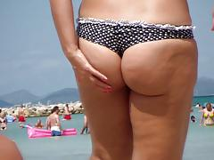 Big Butt on the Beach