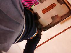 upskirt a chavita con panties negras