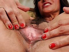 Hairy Mature Pics Compilation by Cezar73
