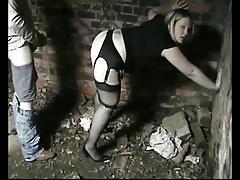 British mature whore fucked outdoor