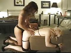 Lesbian tied fuck