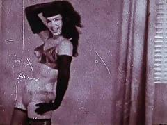 BETTIE'S RUMBLE - vintage stockings tease (non nude)
