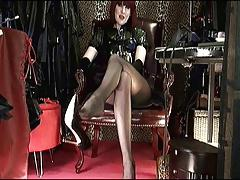 Shoeplay & Dangling High Heels with Mistress Vivian