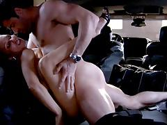 Softcore sex in the Car