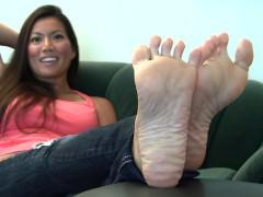 michelle stinky soles 1