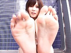 Saki Tsuji - Japanese Foot Fetish